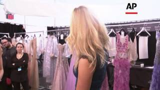 Naomi Campbell Helps Celebrate 25 Years Of Badgley Mischka At New York Fashion Week