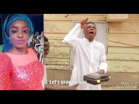 Woli Agba prays for Celebrant