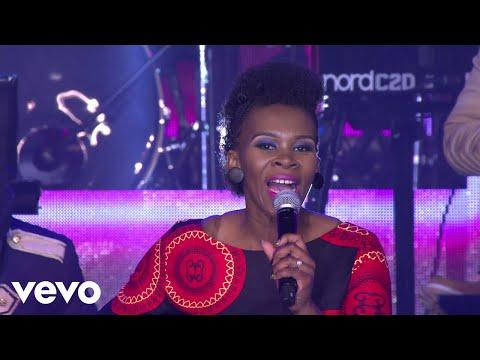 Joyous Celebration - Ngiyavuma (Live)
