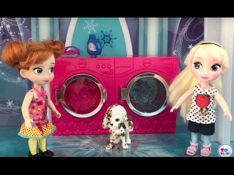 Muddy Puppy! Elsa & Anna Toddlers make a Big Mess! Laundry Washer Disaster Soap Bubbles Fun!