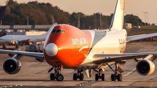 BOEING 747 LANDING - The Queen of the Skies in 4K - B747 Jumbo Jet
