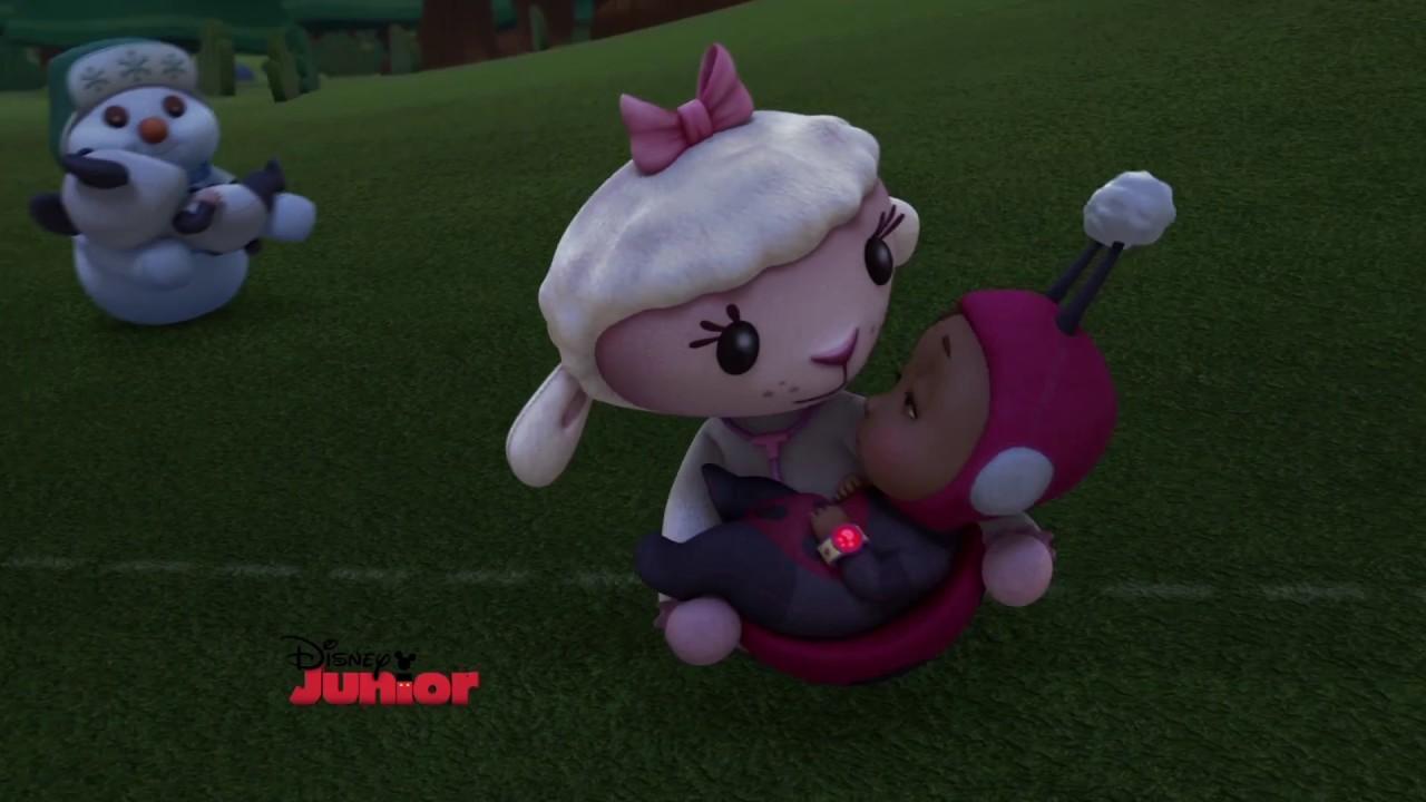 Cuddle Up With Lambie Doc Mcstuffins Disney Junior