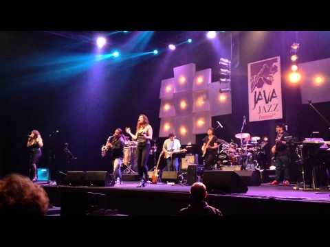 Java Jazz Festival 2014 - Lois Lane - Nicki Manuputty