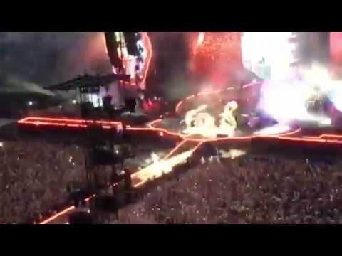 Coldplay Live Milano 3 Luglio 2017 - Opening - A head full of dreams tour