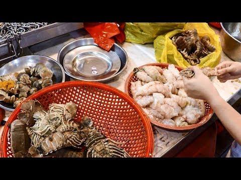Chinatown Wet Market in Singapore. China Street Food