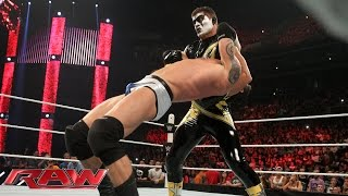 Stardust assaults King Barrett: Raw, Aug. 24, 2015