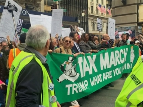 Thumbnail: Raw: Thousands Attend Tax Day Rally in NYC