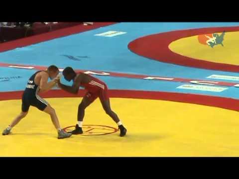 2011 Worlds Greco 66kg - Justin Lester (USA) vs. Aleksandar Maksimovic (SRB)