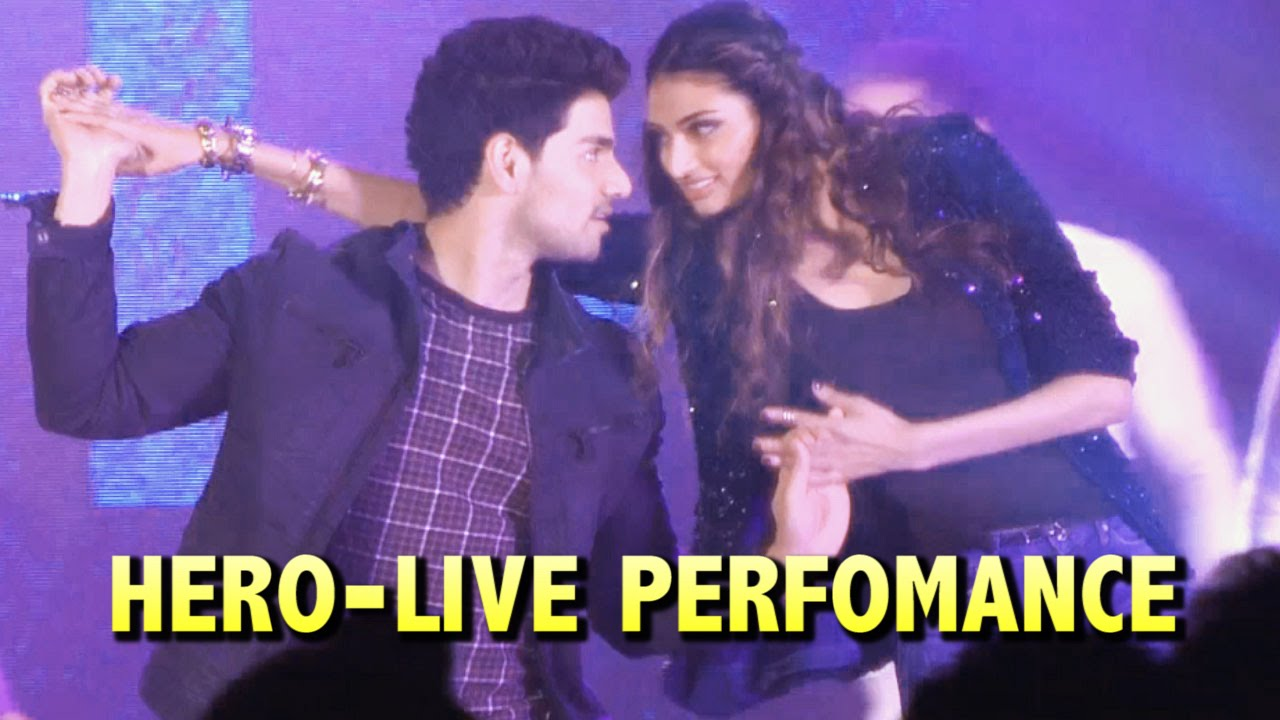 sooraj pancholi and athiya shetty dance