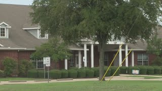 Mother worries car thieves are targeting parents at school drop-offs