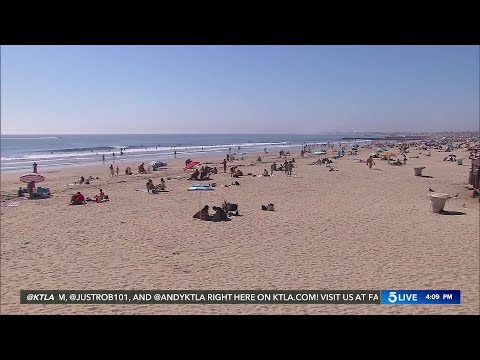 OC Register's Picture Of Large Crowds At Newport Beach Causes Controversy