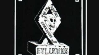 Evil-Skins - Vivre pour Frapper
