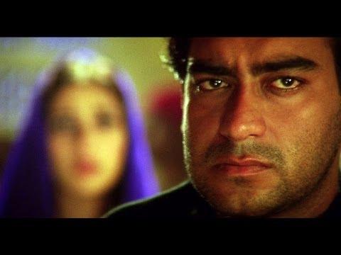Ajay Devgn & Saif Ali Khan Get Caught | Kachche Dhaage Movie Scene