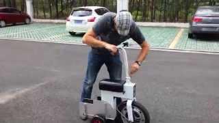 M-Scooter ACTON - Pliage