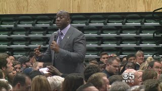 Basketball Legend Talks About Business Of Basketball, Anthem Protests