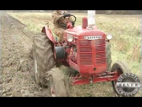 Story Of 1951 McCormick Deering W4 Standard - Plowing - Classic Tractor Fever
