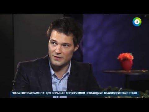 КУЛЬТ ЛИЧНОСТИ: Данила Козловский в «Статусе: свободен»