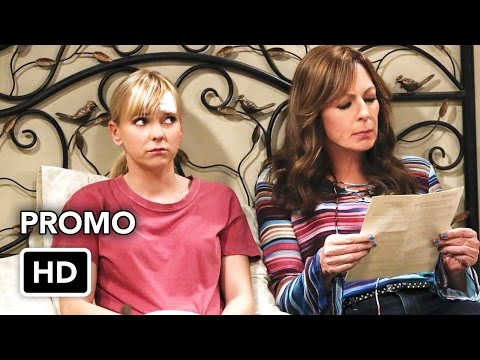 Mom: 4x16 Martinis and a Sponge Bath - promo #01