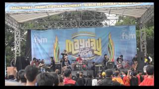 Download lagu Five Minutes  - Aisyah (cover by MAZTAKA) MAYDAY Fiesta 5 2016 Purwakarta FSPMI