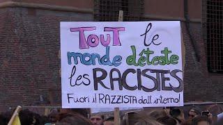 Bologna, la manifestazione contro Salvini