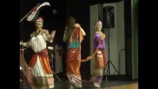 Silk Road Dancers in Zwit Rwit (Idir)