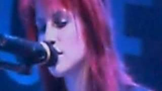When It Rains - Paramore Live - Itunes festival