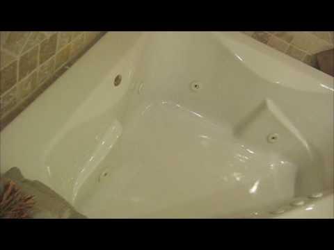 Corner Bathtub With Jets