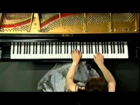 小山実稚恵 (Michie Koyama) Liszt Paganini Etude No.3, ラ・カンパネラ
