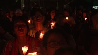 Vigil in Hong Kong marks one year since Liu Xiaobo's death