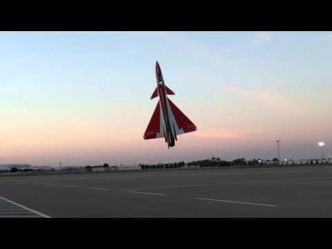 Pilot : Mohammed Al Dhaheri.   Carf models - J-10 3D - jet italia lion 220
