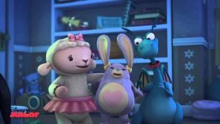 """Close Your Eyes"" Song | Doc McStuffins | Disney Junior UK"