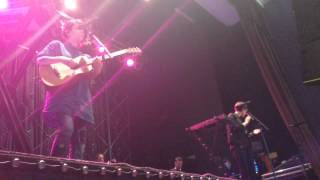 Tegan And Sara Soundcheck - Banter + You Wouldn't Like Me - Covington Ky - 8 May 2014 (1/12)