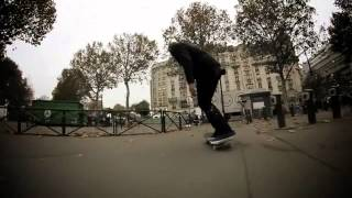 SKATEBOARD CLIP CONVERSE PARIS
