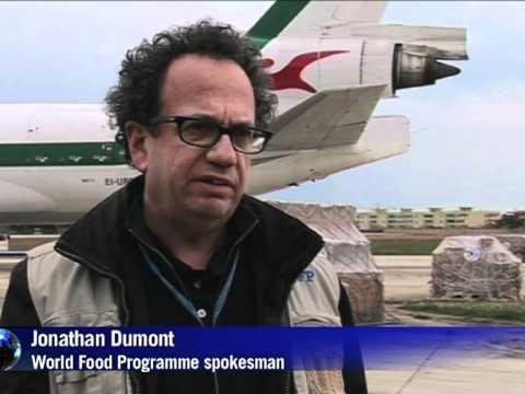 World Food Programme airlifts food to Libya