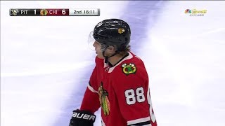 Patrick Kane First Goal of the 2017-2018 NHL Season.