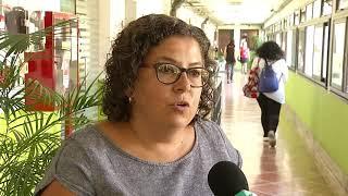 Autoridades de Facultad de Psicología repudiaron mensajes de odio que aparecieron en un baño