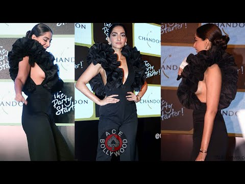 Sonam Kapoor Beautiful Black Dress Youtube