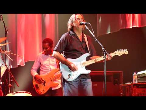 """ERIC CLAPTON & STEVE WINWOOD """"Key To The Highway"""" ISS Dome 28-05-2010"""