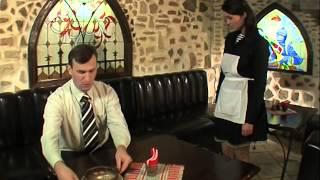 Prykoli.  В ресторане.  Суп, солянка или жалобная книга....  Л. Н. Толтого.  Смотреть обязательно