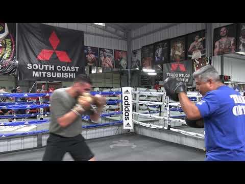 SICK POWER Jose Ramirez On Mitts With Robert Garcia EsNews Boxing