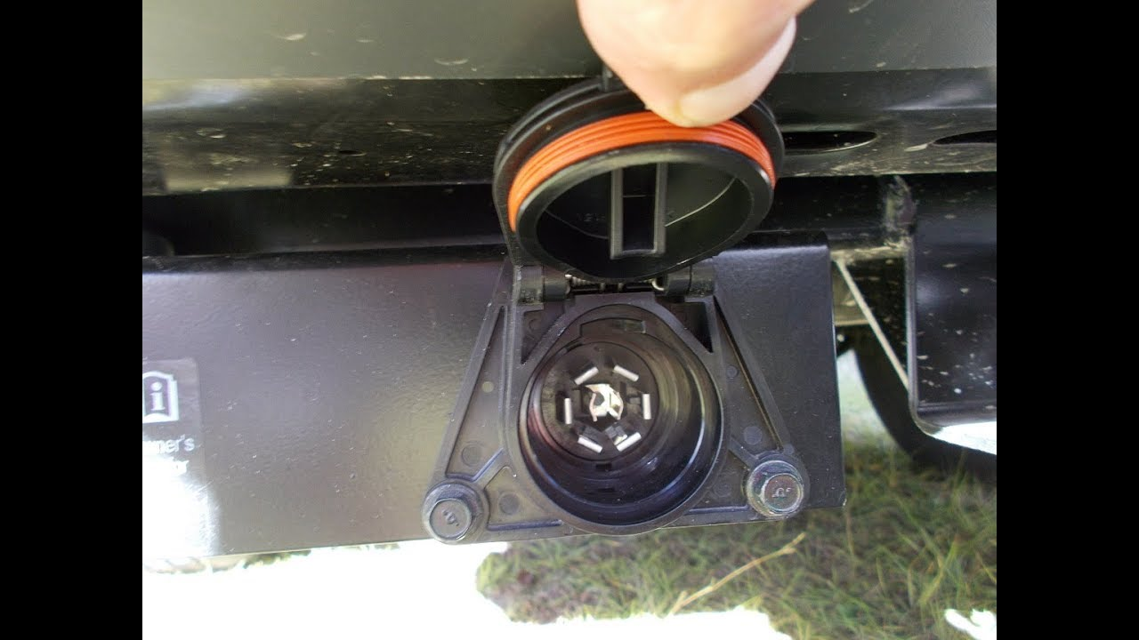 Trailer Lights Adapter Connector 7 Pin To a 4 Pin Connector  YouTube
