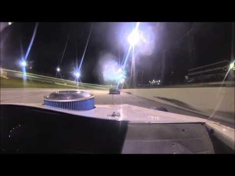 Modified Feature Race 5-10-14 Lebanon I-44 Speedway