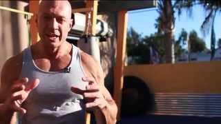 Мышцы спины, Денис Семенихин(Комплекс упражнений для спины, направленный на разные группы мышц, от фитнес-эксперта Дениса Семенихина..., 2014-04-25T09:33:34.000Z)