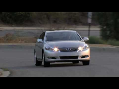 New Lexus GS 450h 2010 Driving Action - YouTube