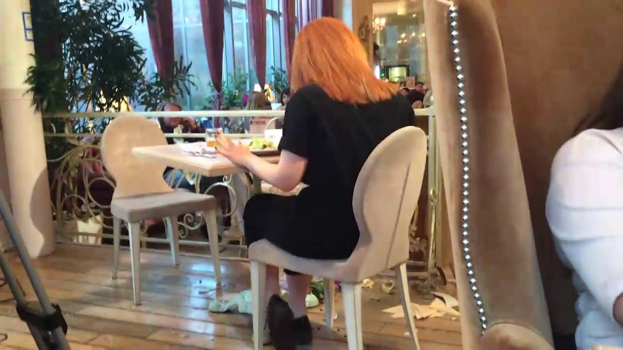 Виталий Гогунский устроил дебош в ресторане - YouTube