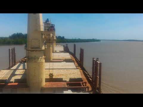 M/V VTC GLOBE up river to San Lorenzo Port - Argentina