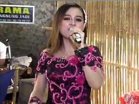 Sayang 3 Voc. Deyuna - ARJUNA MUSIC Live Bugel Polokarto