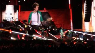 Best Song Ever - One Direction (Where We Are Tour) Gillette Stadium 8/7/14
