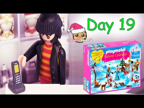 Playmobil Holiday Christmas Advent Calendar Day 19 Cookie Swirl C Toy Surprise Video
