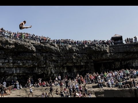 Red Bull Cliff Diving World Series 2014 -- Event Clip -- Ireland, Inis Mór